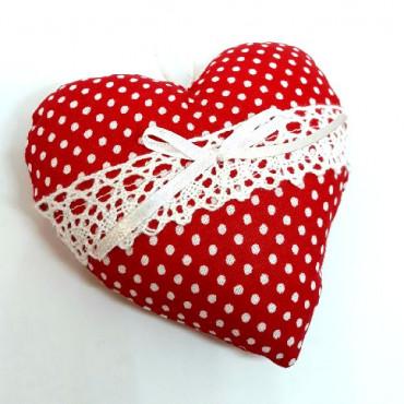 Srdce šité červené